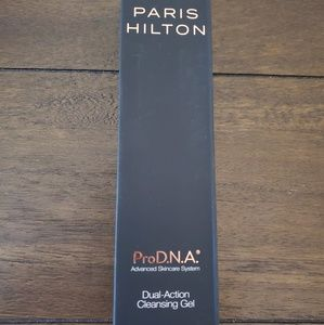 Paris Hilton Pro DNA Cleansing Gel